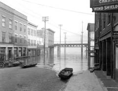 Fourth Street, 1924 Flood